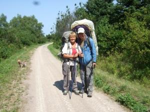 Ed-Julie-Hiking